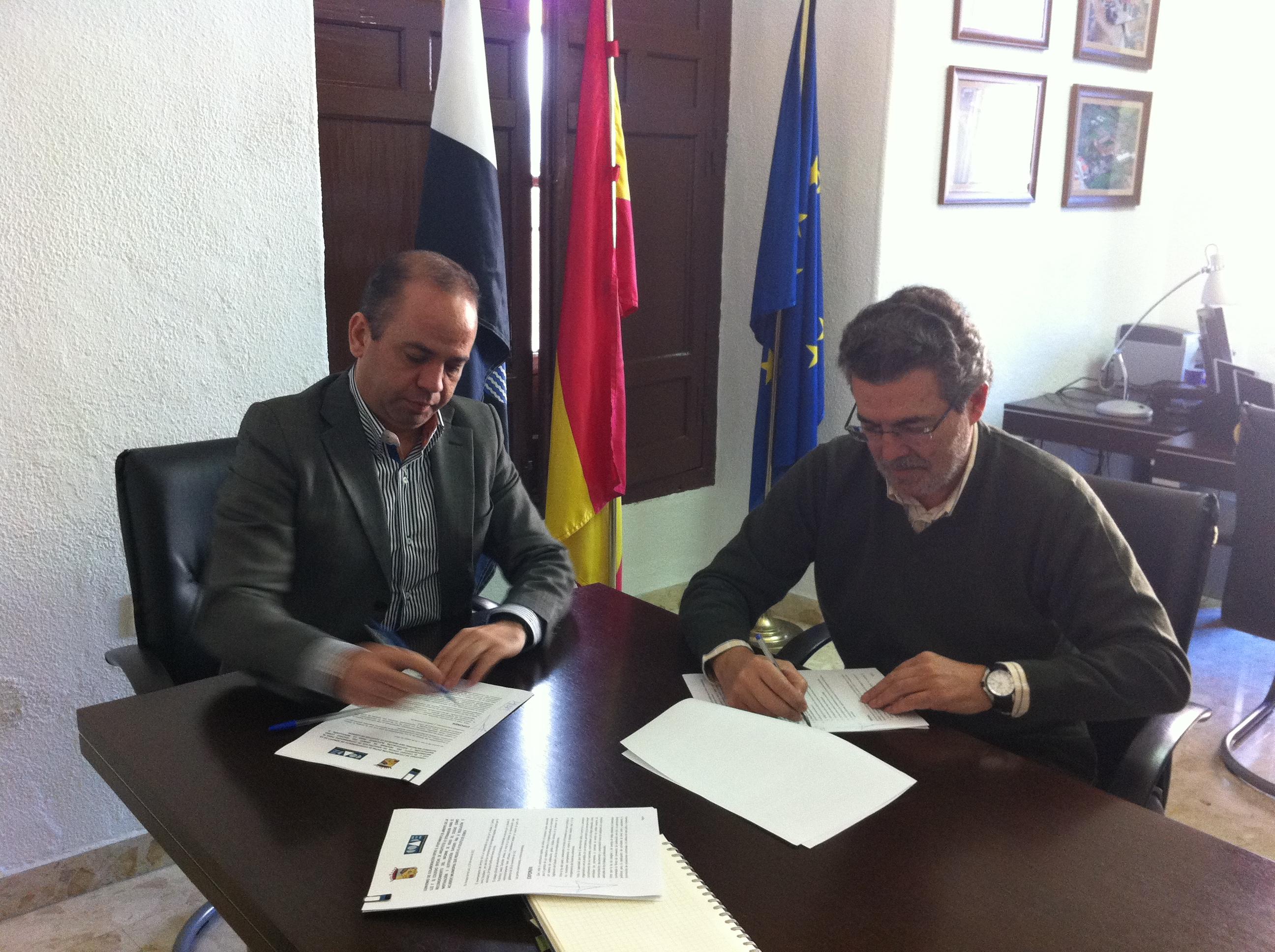 El Colegio de Arquitectos firma un convenio de colaboración con el Ayuntamiento