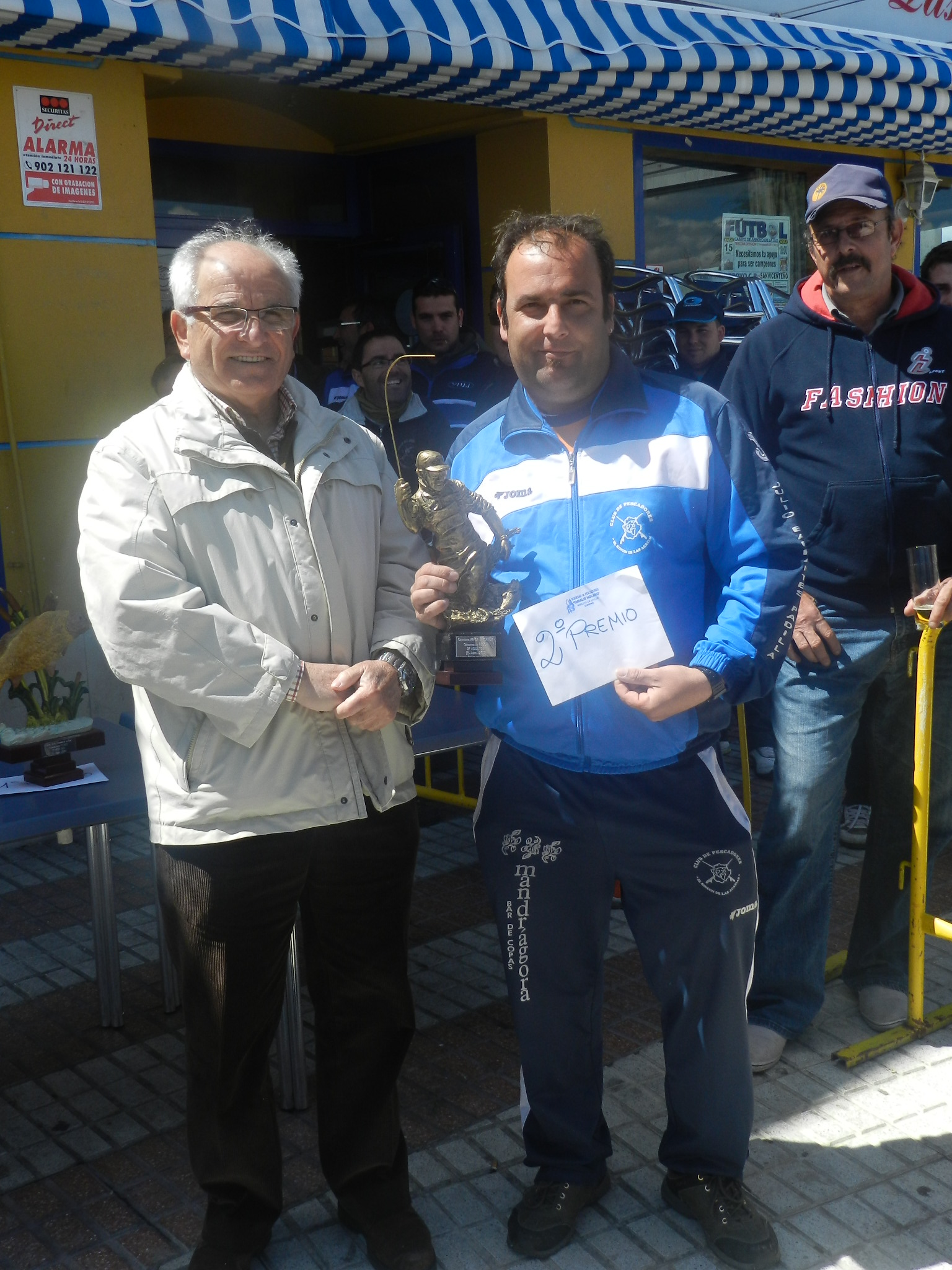 Francisco Tato, ganador del III Concurso de Pesca para adultos
