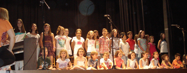 Gran participación el la clausura de la escuela municipal de música