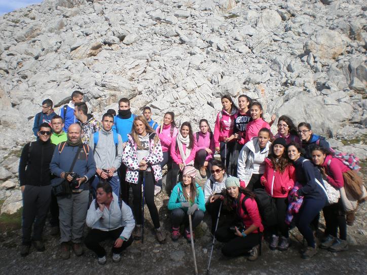 Los alumnos de segundo de bachillerato del Luis de Morales viajan a los Picos de Europa