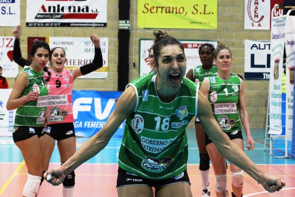 El Extremadura Arroyo recibe mañana al IBSA canario de Flavia Lima con un puesto para disputar los play-offs en juego